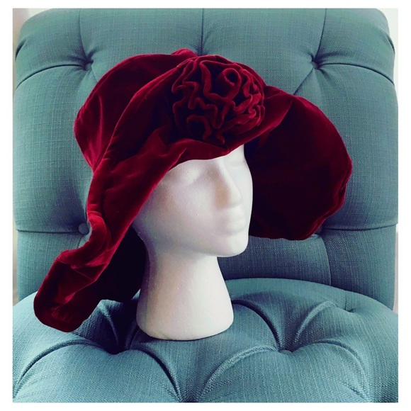 Vintage floppy velvet hat Paddington peasant. M 5ad2888f85e6051a150cee7f 29f1a4b942d